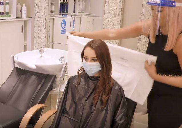 Biodegradable Hairdressing Gowns